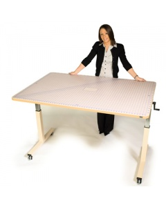 Horn Hilo 3005 Table with Optional Tailors Mat